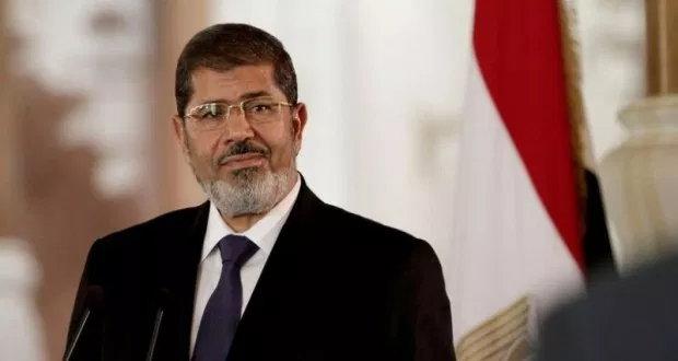 """""""بلادي وإن جارت عليّ عزيزة"""".. آخر كلمات مرسي قبل الوفاة"""