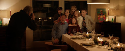 La decisión (Blackbird) - Bex Taylor-Klaus (Chris), Rainn Wilson (Michael), Kate Winslet (Jennifer), Lindsey Duncan (Liz), Susan Sarandon (Lily), Mia Wasikowska (Anna) and Anson Boon (Jonathan)