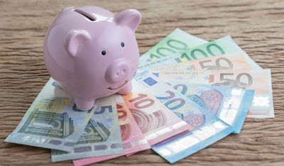 Se hai poco o tanto denaro puoi sempre scegliere di risparmiare e spendere meno