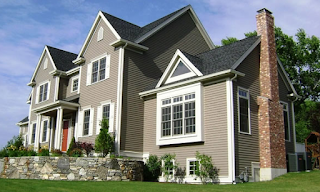 Beautiful Home With Vinyl Siding