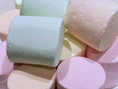 There are lots of fun games your Girl Scout troop can play with marshmallows.
