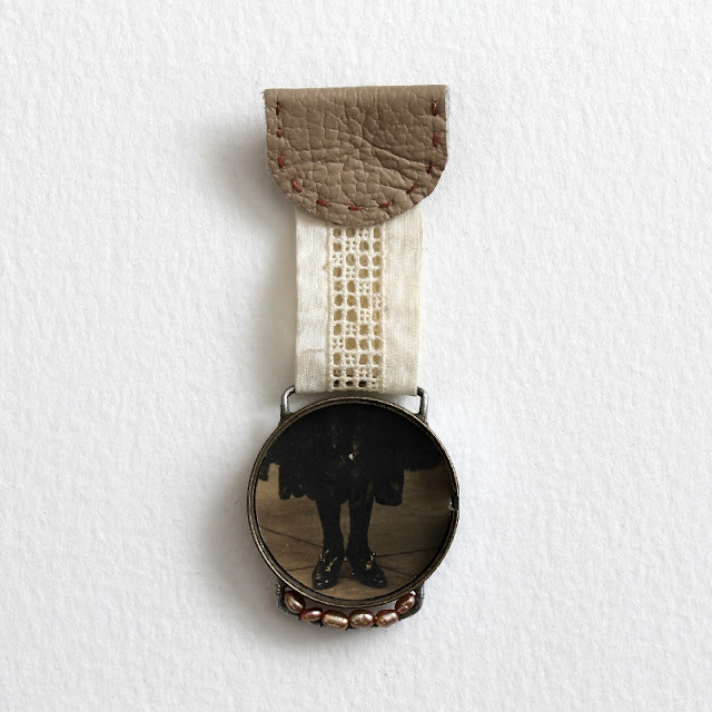 mixed media brooch by Kaija Rantakari - paperiaarre.com