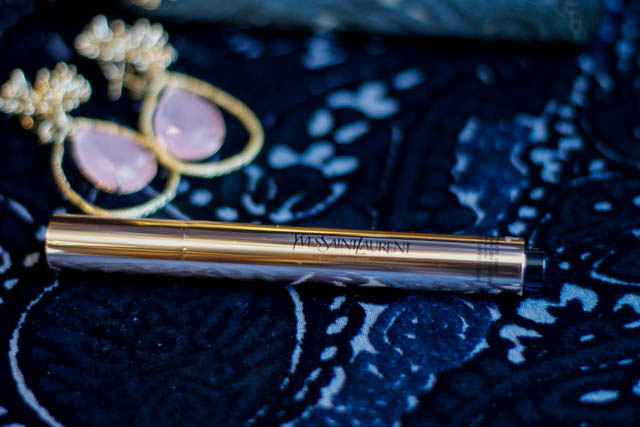 yves saint laurent beauty maquillaje blog touche eclat glow