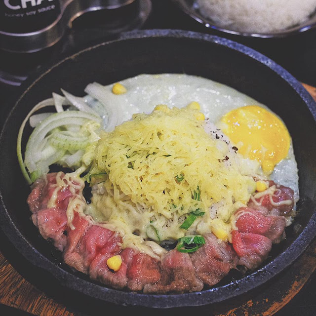 Beef Pepper Rice with Egg and Cheese