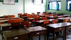 Ilmu Anak Tidak Berkah Sebab Orang Tua yang Tidak Punya Adab Kepada Guru