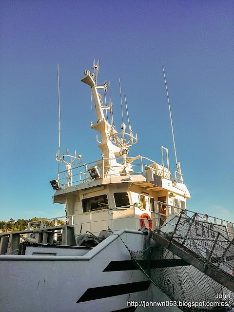 fotos de barcos, imagenes de barcos, cova balea, arrastrero, pesquero, vigo