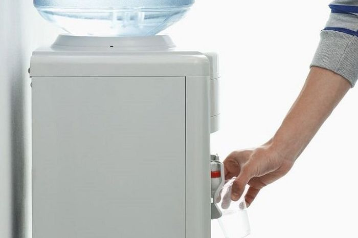 Cara Mengatasi Dispenser Air Bau