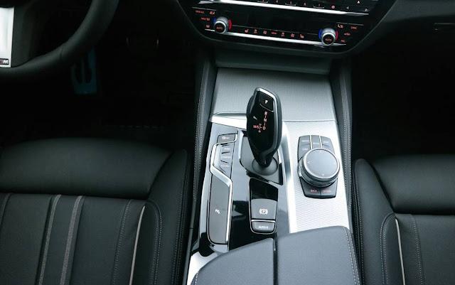 Novo BMW Série 5 2018 - interior