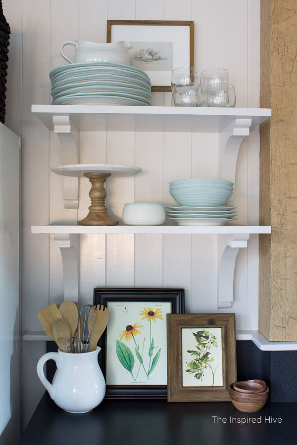 Vintage farmhouse kitchen open shelves