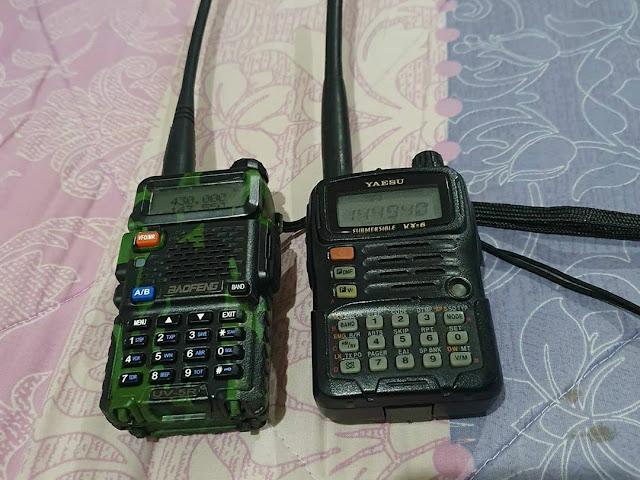 Peralatan komunikasi Ketika di gunung