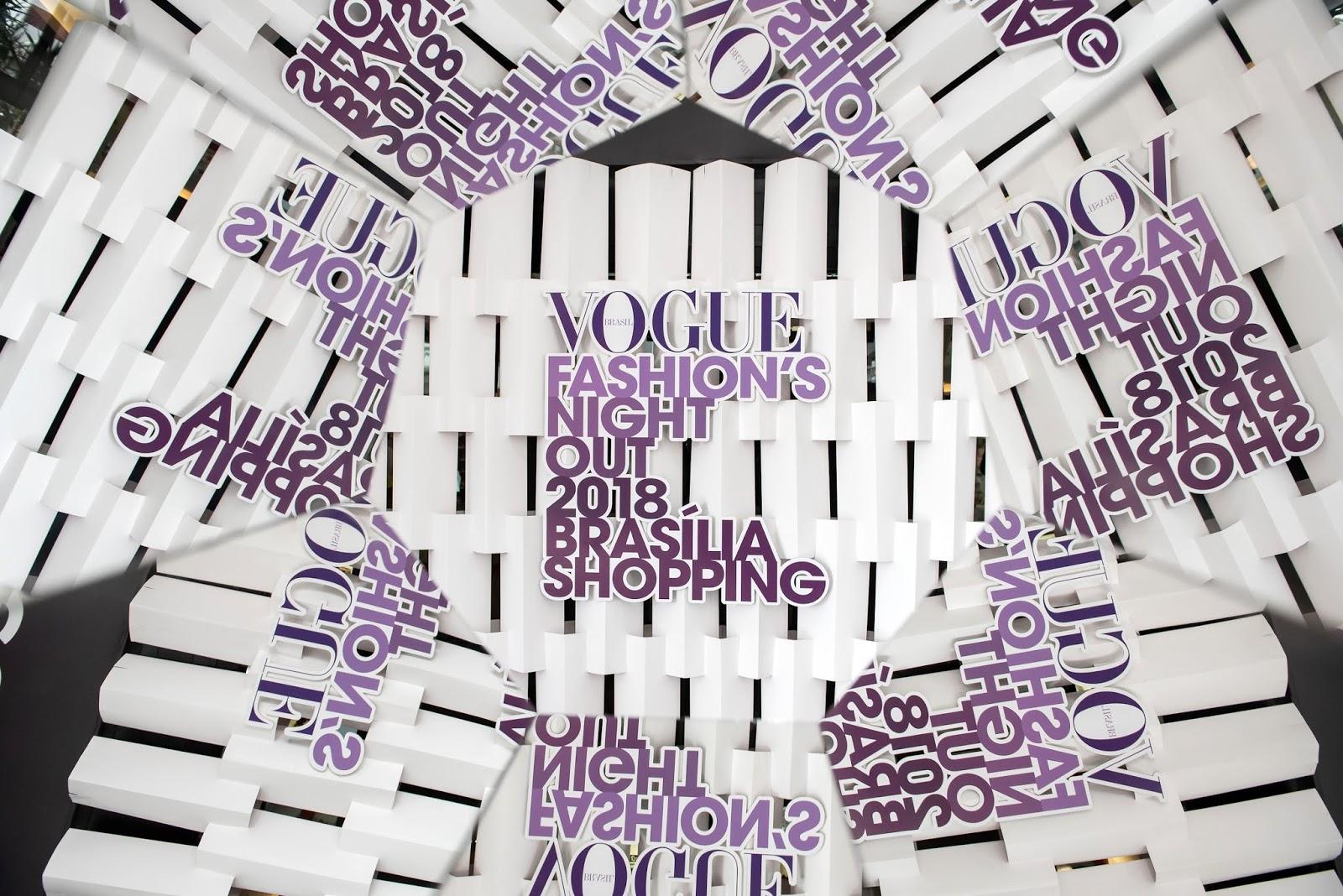 c2dccd120 Vogue Fashion's Night Out agita a capital e leva cerca de 25 mil pessoas ao Brasília  Shopping. Desfiles, trend talks, Karol Conka, Paulo Borges, Team Vogue, ...