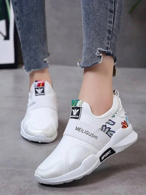 sneakers,sneakers for women,sneaker collection,womens sneakers,women's sneakers,sneaker,best sneakers for women,women sneakers,sneaker haul,sneaker shopping,white sneakers,best sneakers,women sneakers 2019,women shoes,female sneakers,best womens sneakers,best sneakers 2018,women's sneaker,womens casual sneakers,must have sneakers 2018,shoes woman sneakers,breathable women sneakers,best womens sneakers 2018
