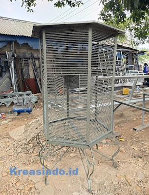 Kandang Besi Ayam Pelung pesanan Bpk Fery di Cipete Jakarta