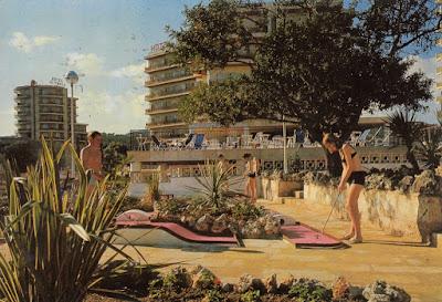 Hotel Palma Nova, Mallorca. Icaria Graf. Postally used. Date unknown