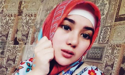 Biodata Bebi Silvana Si Mantan Aktris, Pasangan Penyayi Religi Opick?
