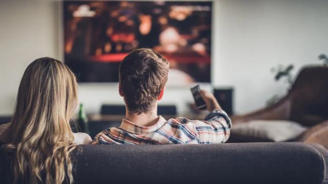 8 Inspirasi Smart TV Terbaik untuk Hiburan Seru Selama Stay At Home!