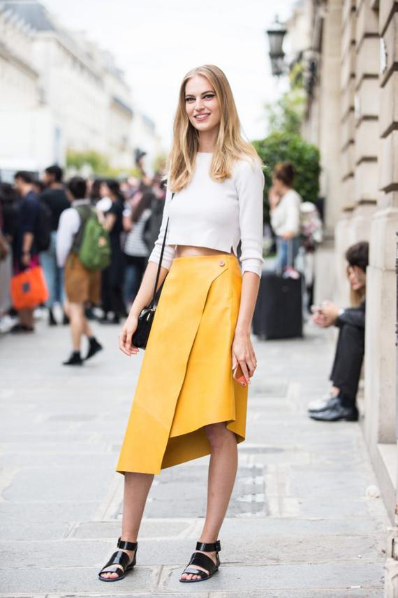 falda de piel con abertura y largo desigual, amarillo