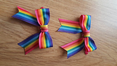 Rainbow hair clips for spring, and the perfect bow tutorial