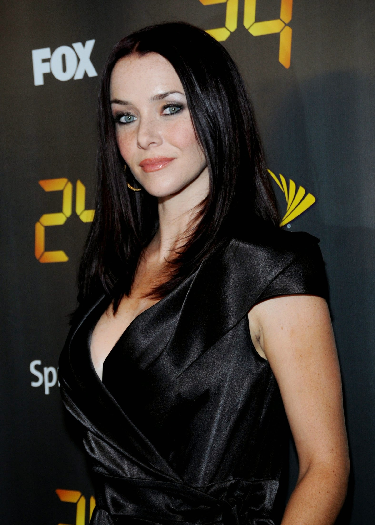 from Raylan annie wersching naked pic
