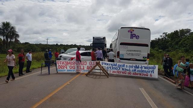 Protesto fecha rodovias 364 e Bennesby e tráfego entre RO e AC é bloqueado