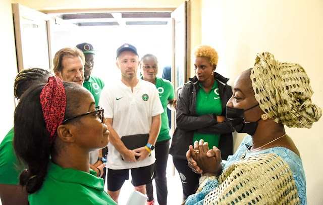 2022 WAFCON: LAGOS FIRST LADY PAYS SURPRISE VISIT TO SUPER FALCONS TRAINING SESSION