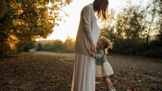 Η ενοχή της μαμάς που έχει 2 ή περισσότερα παιδιά