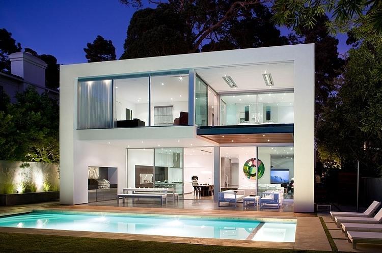 mẫu-nhà-đẹp-2-tầng-ở-Culver-City-02