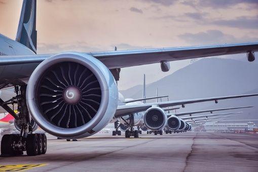 Prevén cuantiosas pérdidas en aerolíneas del mundo por Covid-19