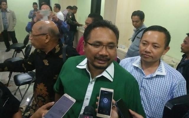 Enggan Minta Maaf, Yaqut GP Ansor Sebut Bendera Palu Arit juga Tak Ada Tulisan PKI-nya