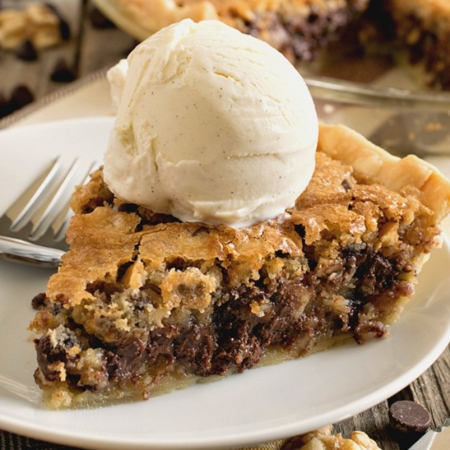 Toll House Chocolate Chip Pie #deliciousdessert #chocolate