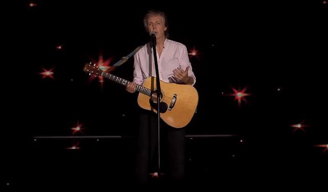 Paul McCartney fala sobre única música sua elogiada por John Lennon e porquê não tira selfies
