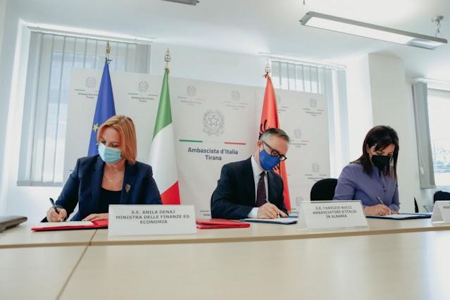 L'Albania firma un accordo con l'Italia per l'insegnamento della lingua italiana nel sistema pre-universitario
