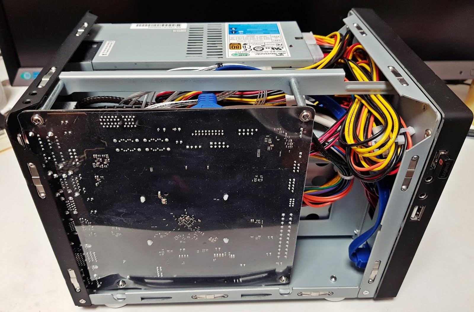 풀반지 블로그: J5005 자작 NAS 사용기 (Asrock J5005-ITX, U-NAS NSC