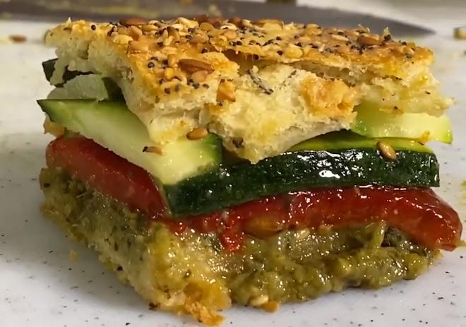 Focaccia de légumes confits au pesto