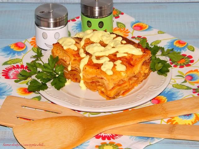 Lazania z sosem gulaszowym Pamapol.