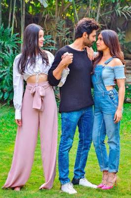 Kartik Aaryan, Ananya Panday and Bhumi Pednekar to feature in 'Pati Patni Aur Woh'!