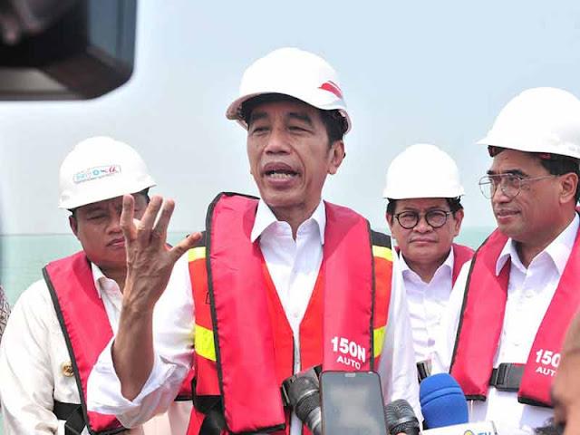 Perpanjangan Izin FPI Belum Terbit, Presiden Jokowi: Urusan Menteri