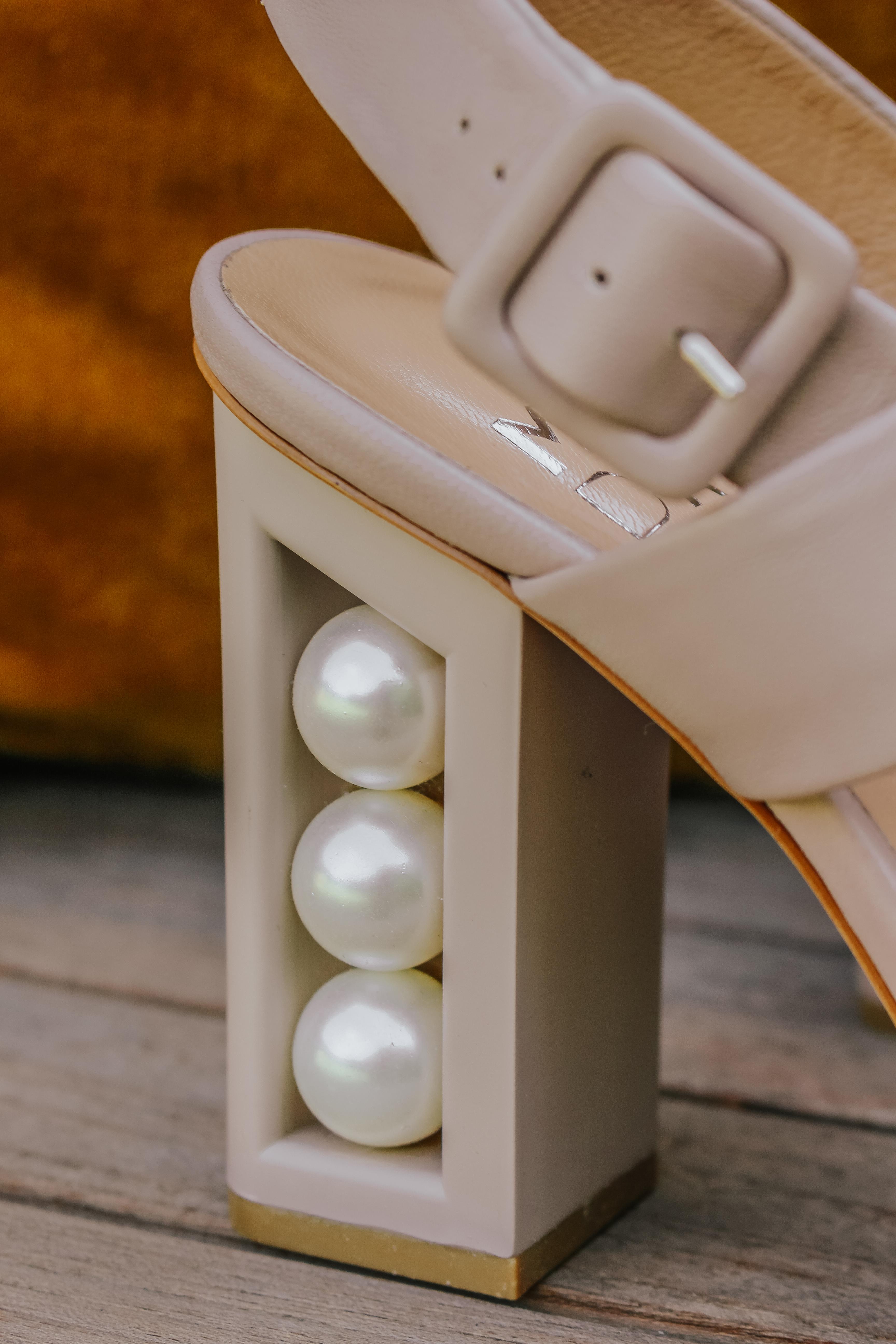 Moda in Pelle Pearl Heel Shoes