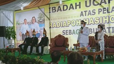 Dilantik Jadi Bupati Simalungun, Radiapoh Sinaga Fokus Perbaikan Jalan