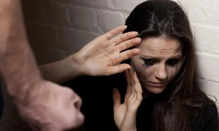 Πετράλωνα: Άφαντοι παραμένουν οι δράστες του βιασμού της 50χρονής καθαρίστριας – Την κακοποιούσαν επί ώρες