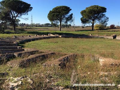 guia brasileira em Roma, Lucus Feroniae, Colônia Julia Felix, Anfiteatro