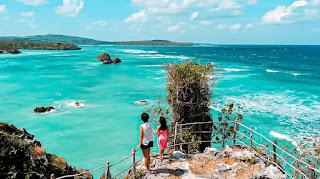Mеlаnсоng ke Pulau Rоtе