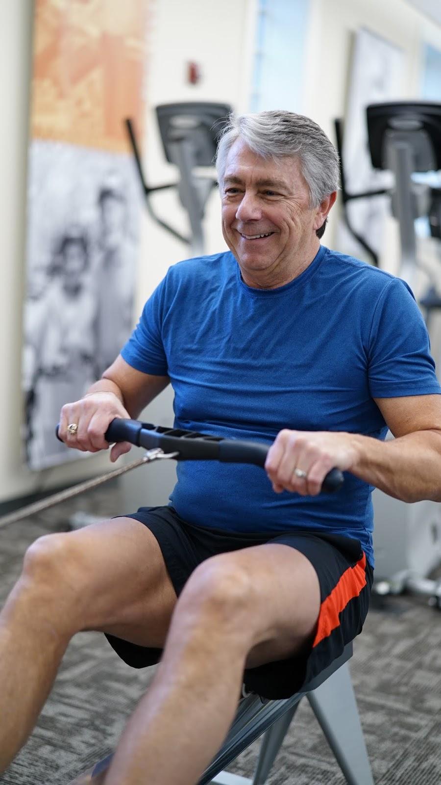 l'exercice est le chemin des hommes avec des érections
