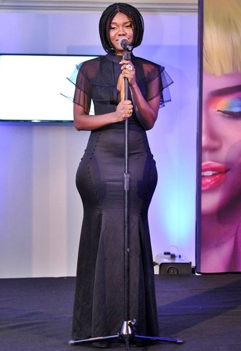 """MY HIPS ARE NATURAL"" – Says Becca"