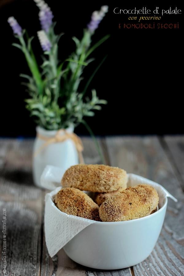 Crocchette di patate con pecorino e pomodori secchi