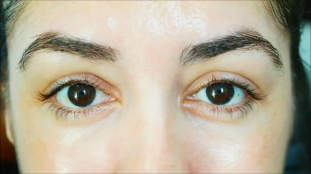 olhos, anti rugas, olheiras, bolsas, flacidez, olhar mais luminoso, roller de olhos, vitamina c, óleo de macadâmia