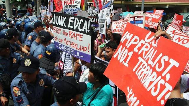 Filipinos protestan contra la presencia militar de EEUU