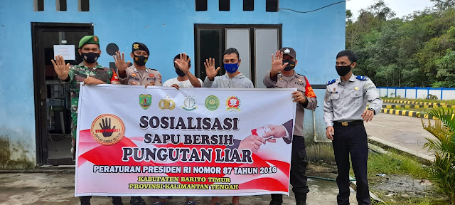 Patroli Ke Kantor UPPKB, Anggota Polsek Benua Lima Sosialisasi Saber Pungli