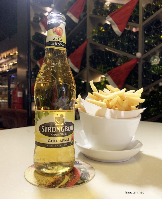 Strongbow Gold Apple Cider with Truffle Fries