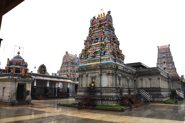 how to reach mecheri badrakaliamman temple